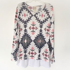 ★ FADED GLORY | TRIBAL TRIANGLE PATTERN SOFT TOP